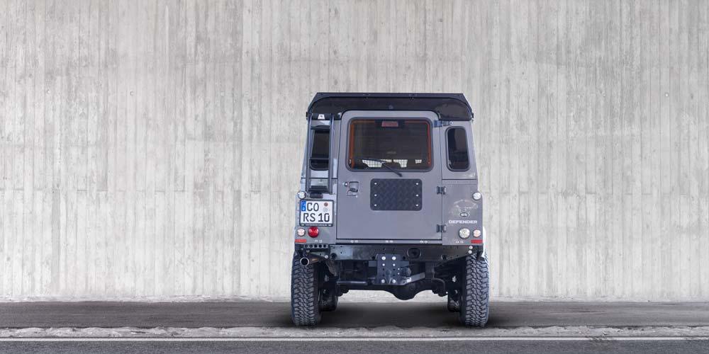 Defender 110 Station Wagon SE Black Pack Heck