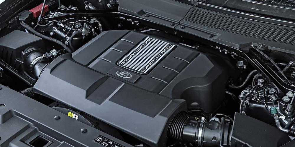 Defender V8 Motorraum